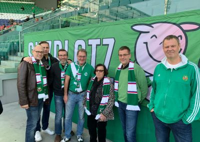 2019_10 Herzlich willkommen bei den Sitzplatzschweinen!